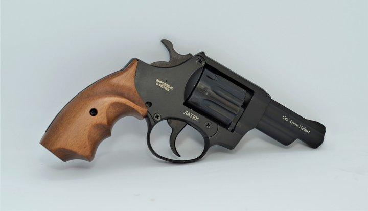 Револьвер під патрон Флобера Safari RF-431 cal. 4 мм букова рукоятка, BLACK CERAKOTE - зображення 1