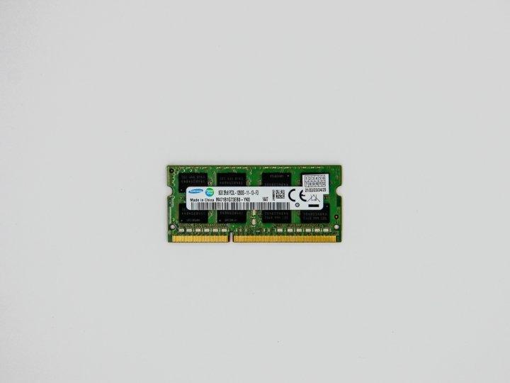 Оперативная память Samsung SODIMM 8Gb DDR3L-1600MHz PC3-12800 CL11 (M471B1G73EB0-YK0) Refurbished - изображение 1