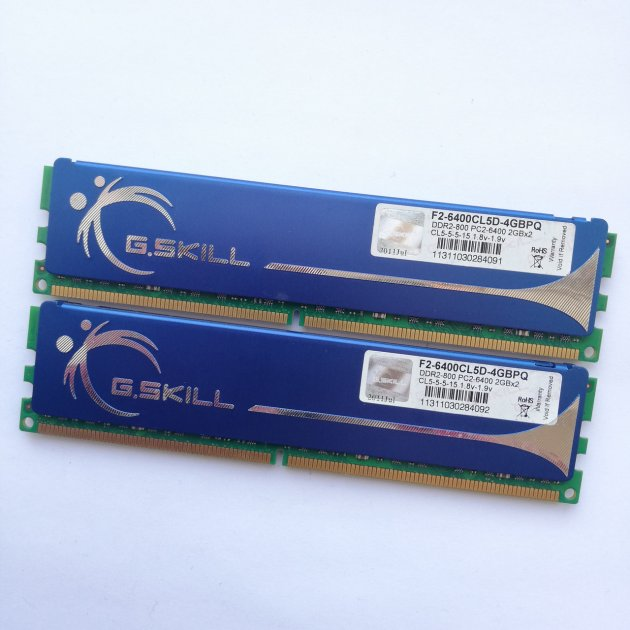 Комплект оперативной памяти G.Skill DDR2 4Gb KIT of 2 800MHz PC2 6400U CL5 (F2-6400CL5D-4GBPQ) Б/У - изображение 1