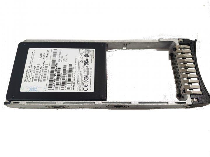 """SSD IBM IBM Storwize V7000 G2 1.92 TB 12Gb SAS 2.5"""" FlashDrive (2076-АХХА) Нове - зображення 1"""