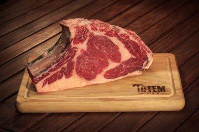 Рібай ТОТЕМ СТЕЙК на кісточці (Steak Rack Bone-in) сухої витримки 21+ днів M (400-500г)