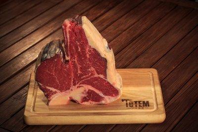 Cтейк ТОТЕМ СТЕЙК Портерхаус (Steak Porterhouse) сухої витримки 21+ днів L (600-1000г)