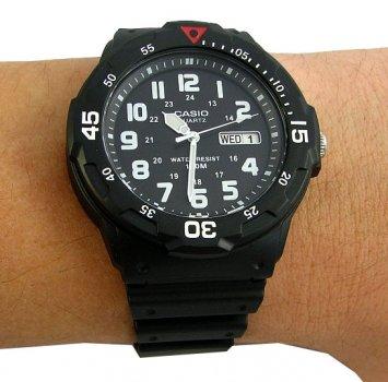 Чоловічий годинник CASIO MRW-200H-1BVEF
