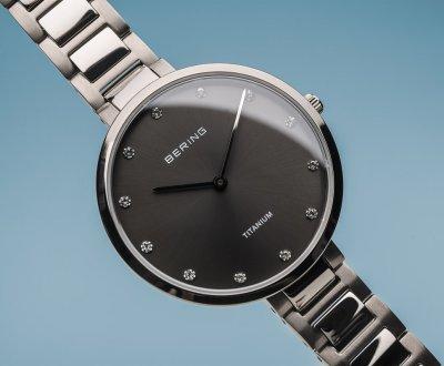 Женские часы Bering 11334-772