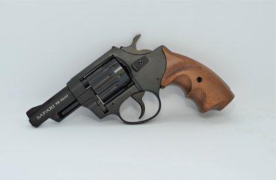 Револьвер під патрон Флобера Safari RF-431 cal. 4 мм букова рукоятка, BLACK CERAKOTE