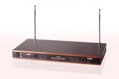 Радіомікрофон Takstar TS-6320