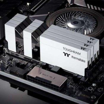 Модуль памяти для компьютера DDR4 16GB (2x8GB) 4400 MHz Toughram White ThermalTake (R020D408GX2-4400C19A)