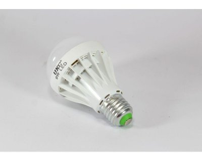 Лампа UKC LED LAMP 9W E27 (2657)