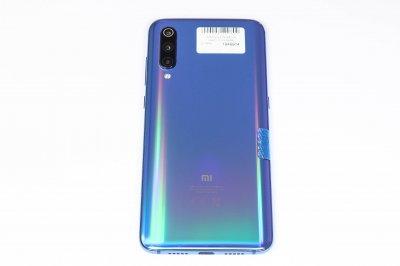 Мобільний телефон Xiaomi Mi 9 6/64GB 1000006290800 Б/У