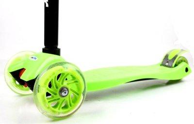Дитячий самокат MAXI. Green (всі колеса світяться)