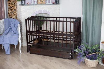 Дитяче ліжечко-гойдалка Ангеліна Кузя, з шухлядою та відкидною боковинкою венге 103.3