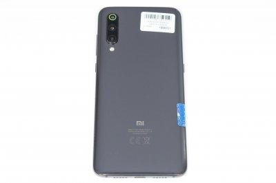 Мобільний телефон Xiaomi Mi 9 6/64GB 1000006350559 Б/У