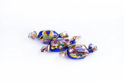 Натуральные органические шоколадные конфеты Росичи Финики с орехом (Фініки з горіхом), 1 кг