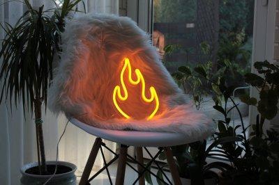 Неоновий світильник Neon Lightning «Вогник»