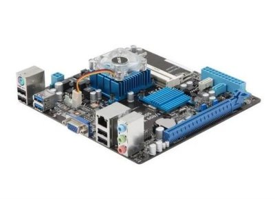 Материнська плата Asus C8HM70-I (Celeron 847, 2 x DDR3 SODIMM, 2xSATA, 1xPCI-Ex16, MiniITX) Б/У