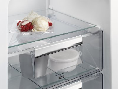 Холодильник AEG SCR418F3LS