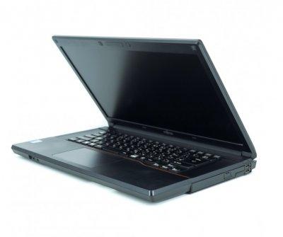 Б/в Ноутбук Fujitsu LIFEBOOK A574 / Intel Core i5 (4 покоління) / 4 Гб / 320 Гб / Клас B