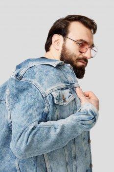 Чоловіча блакитна джинсова куртка NHILL Diesel A02126 0ABBJ