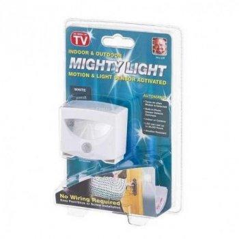 Світильник з датчиком руху LED Mighty Light для автоматичного освітлення в приміщенні або на вулиці