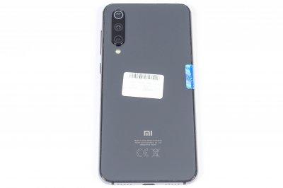 Мобільний телефон Xiaomi Mi 9 SE 6/128GB 1000005919122 Б/У