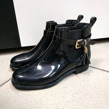 Резиновые ботинки женские черные Andre