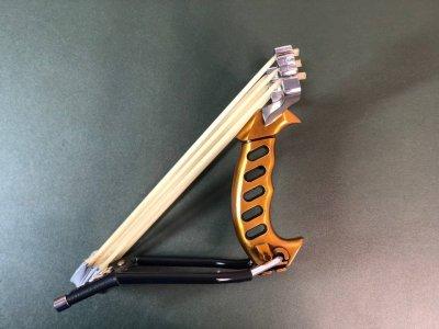 Металлическая охотничья рогатка для охоты DEXT Gold Pro 2.0 Базовый набор с локтевым упором и магнитным держателем