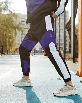 Теплые спортивные штаны Пушка Огонь Split черно-белые с фиолетовым