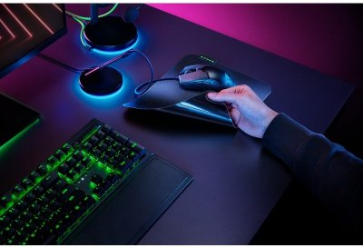 Ігрова поверхня Razer Sphex V3 Small Speed (RZ02-03820100-R3M1)