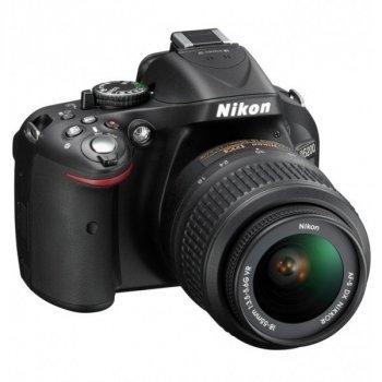 Дзеркальний фотоапарат Nikon D5200 kit 18-55