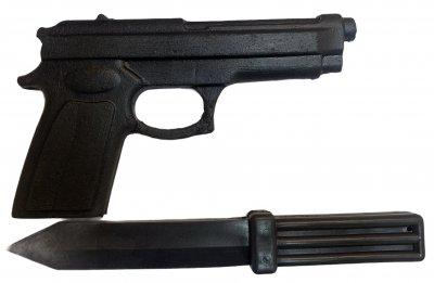 Комплект резиновый Пистолет+нож , муляж, тренировочные