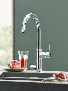 Кухонний змішувач з під'єднанням до фільтра GROHE Blue Pure Eurosmart 31722000