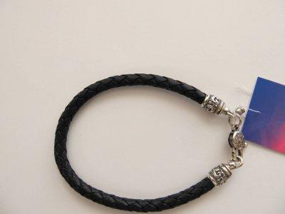 Кожаный шнурок на руку SilverArtisan 0.0050-9 размер 21,5