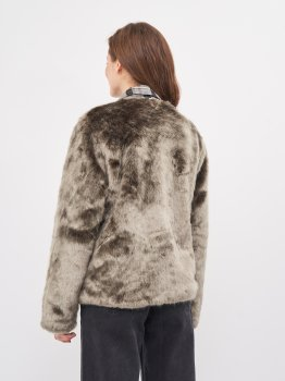 Полушубок Pull & Bear 5715/300/802 Серый