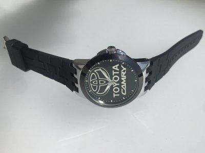 Мужские наручные часы Тойота Камри (Toyota Camry), круглые, именные часы