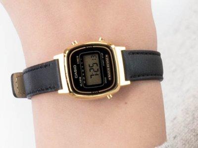 Жіночі годинники Casio LA-670WEGL-1EF