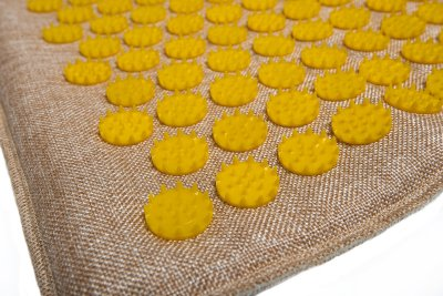 Масажний килимок (аплікатор Кузнєцова) Lounge Medium 68*42 см Жовтий