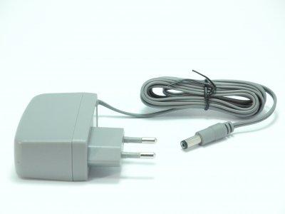Зарядний пристрій для акумуляторів побутовго порохотяга 4055066114