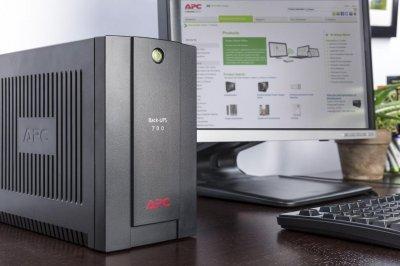 ИБП APC Back-UPS 700VA, IEC (JN63BX700UI)