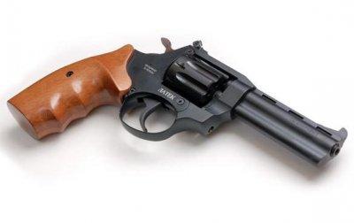 Револьвер под патрон флобера Сафари РФ-441М (бук)