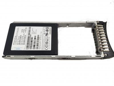 """SSD IBM IBM Storwize V7000 G2 1.92 TB 12Gb SAS 2.5"""" FlashDrive (2076-АХХА) Нове"""